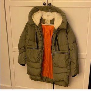 """""""Amazon Coat"""" from Orolay—like new!"""